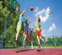 Topu potaya geçirmede hem zihinsel durum hem de el, kol hareketleri gibi bedensel hareketler önem taşır.