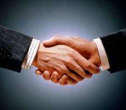 Çatışma yönetimine olumlu katkı sağlayan tutumlardan biri el sıkışma