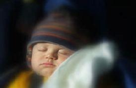 Uyku çocukların yaşamında önemli bir rol oynar.